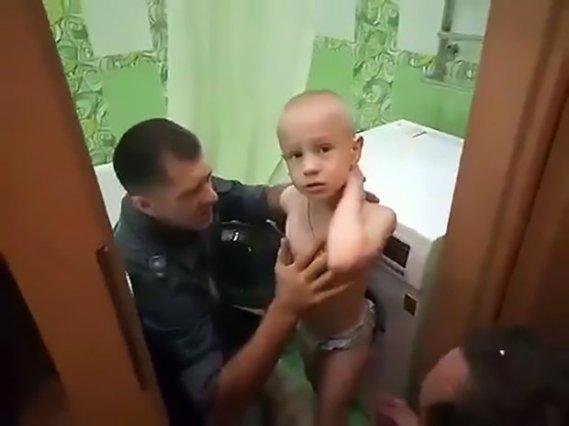 Firefighters Free 7yo Boy Stuck In Washing Machine