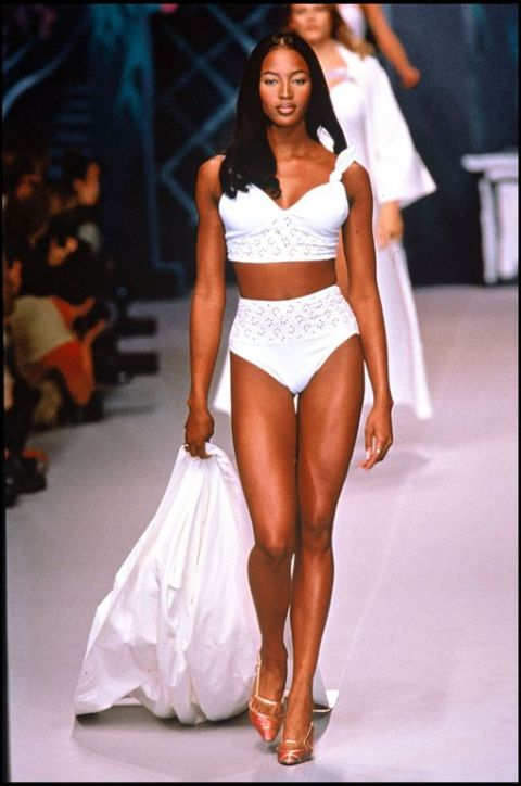 Naomi-Campbell-le-12-octobre-1994-a-Paris_exact1024x768_p.jpg