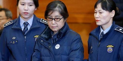 Coree-du-Sud-la-confidente-de-l-ombre-de-l-ex-presidente-condamnee-a-20-ans-de-prison.jpg