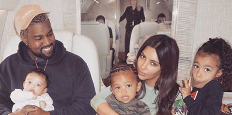 kim-kardashian-family-photo-1524495330.jpg